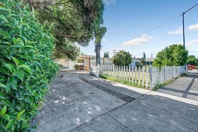 Campbell Single Family Home For Sale: 211 Sondra Way