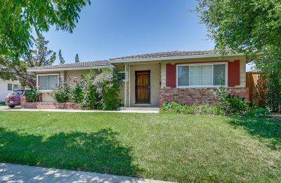CUPERTINO Multi Family Home For Sale: 915 Miller Ave