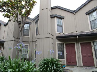 San Benito County Townhouse For Sale: 231 C Gibson Dr 42