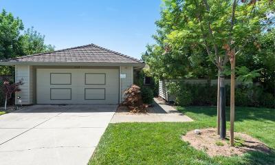 Single Family Home For Sale: 7119 Via Portada