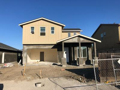 San Benito County Single Family Home For Sale: 45 Koch Dr