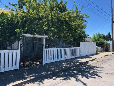 Redwood City Single Family Home For Sale: 2796 Westmoreland Ave