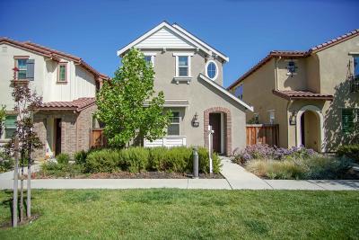 SANTA CLARA Single Family Home For Sale: 3042 Via Siena Pl