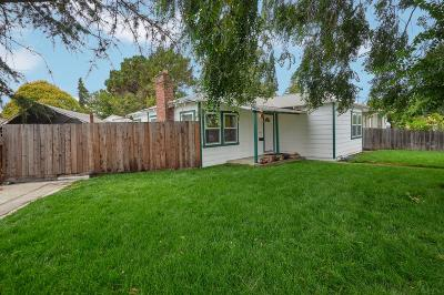 REDWOOD CITY Single Family Home For Sale: 610 Bay Rd