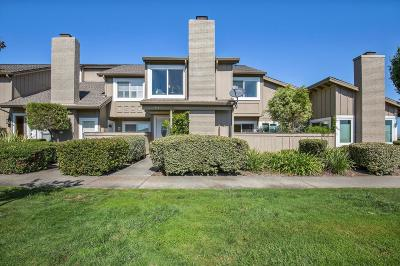 Santa Clara County Townhouse For Sale: 1583 Beach Park Blvd