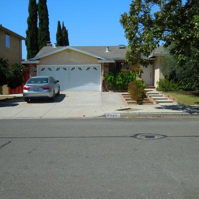 Santa Clara County Single Family Home For Sale: 5753 Orchard Park Dr