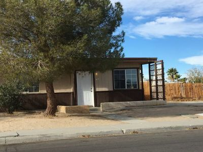 Inyo County, Kern County, Tulare County Single Family Home For Sale: 329 N Gold Canyon St