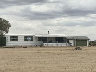 Inyo County, Kern County, Tulare County Single Family Home For Sale: 7149 Cactus Ave
