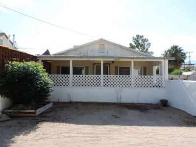 Inyo County, Kern County, Tulare County Multi Family Home For Sale: 6612 Ash Ave