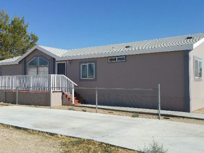 Inyo County, Kern County, Tulare County Single Family Home For Sale: 620 W Upjohn Ave #37
