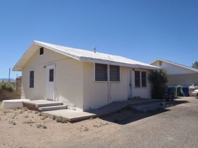 Inyo County, Kern County, Tulare County Multi Family Home For Sale: 208 W Church