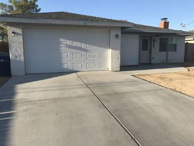 Inyo County, Kern County, Tulare County Single Family Home For Sale: 732 W Church St