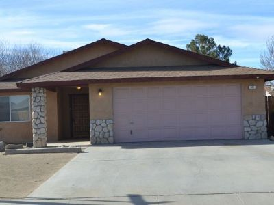Inyo County, Kern County, Tulare County Single Family Home For Sale: 625 S Appaloosa St