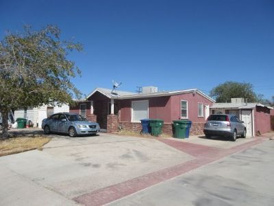 Inyo County, Kern County, Tulare County Multi Family Home For Sale: 332 N Alvord St