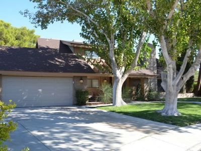 Inyo County, Kern County, Tulare County Single Family Home For Sale: 1030 Randall St