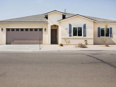 Inyo County, Kern County, Tulare County Single Family Home For Sale: 419 Abigail St