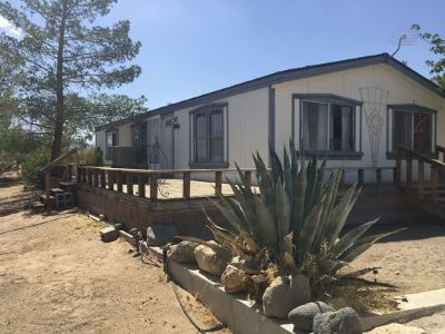 Inyo County, Kern County, Tulare County Single Family Home For Sale: 1800 W Radar Ave