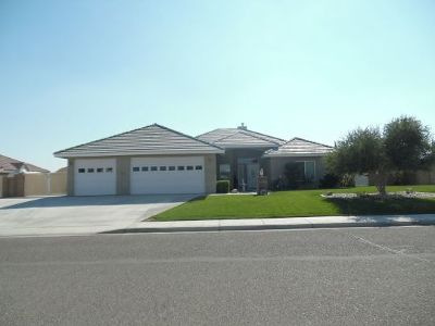 Inyo County, Kern County, Tulare County Single Family Home For Sale: 1237 Sydnor Ave