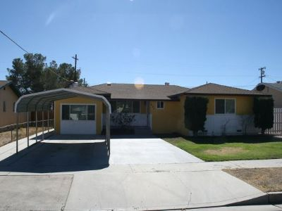 Inyo County, Kern County, Tulare County Single Family Home For Sale: 231 Perdew