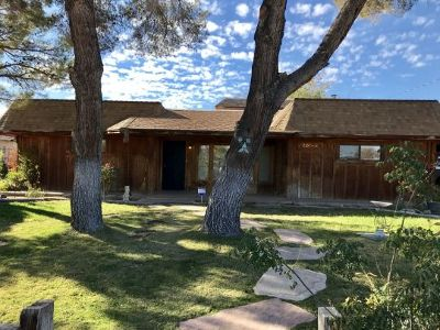 Inyo County, Kern County, Tulare County Single Family Home For Sale: 541 S Allen