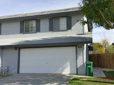 Inyo County, Kern County, Tulare County Single Family Home For Sale: 128 S Lilac St