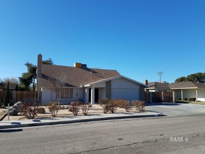 Inyo County, Kern County, Tulare County Single Family Home For Sale: 631 Garis
