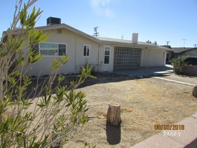 Inyo County, Kern County, Tulare County Single Family Home For Sale: 726 N Fairview St