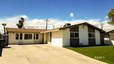 Inyo County, Kern County, Tulare County Single Family Home For Sale: 421 Lenore