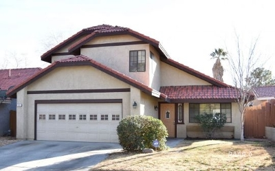 Inyo County, Kern County, Tulare County Single Family Home For Sale: 243 President Way