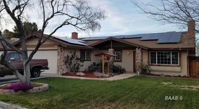Inyo County, Kern County, Tulare County Single Family Home For Sale: 706 W Bataan Ave
