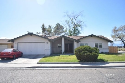 Inyo County, Kern County, Tulare County Single Family Home For Sale: 201 S Lilac St