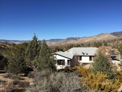 Inyo County, Kern County, Tulare County Single Family Home For Sale: 39701 Highway 178