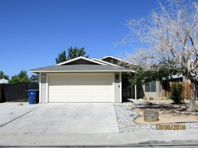 Inyo County, Kern County, Tulare County Single Family Home For Sale: 817 S Sunset St