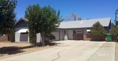 Inyo County, Kern County, Tulare County Single Family Home For Sale: 128 S Holly Canyon Dr