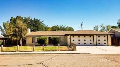 Inyo County, Kern County, Tulare County Single Family Home For Sale: 717 W Wasp Ave