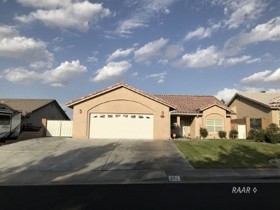 Inyo County, Kern County, Tulare County Single Family Home For Sale: 2312 S Desert Cassia St