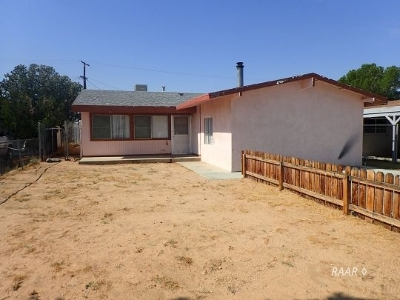Inyo County, Kern County, Tulare County Single Family Home For Sale: 6521 Valley