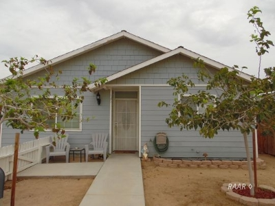 Inyo County, Kern County, Tulare County Single Family Home For Sale: 131 S Norma St