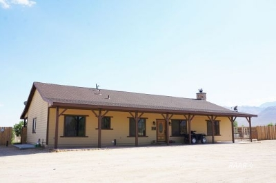 Inyo County, Kern County, Tulare County Single Family Home For Sale: 8717 Panorama Trail Ave