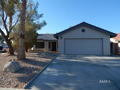 Inyo County, Kern County, Tulare County Single Family Home For Sale: 101 Nancy Ave