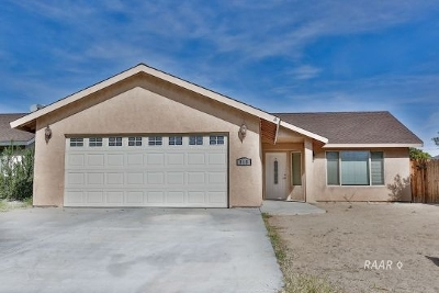 Inyo County, Kern County, Tulare County Single Family Home For Sale: 918 W Bataan