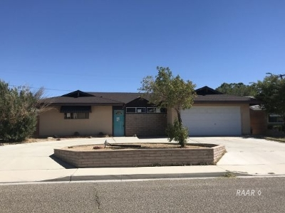 Inyo County, Kern County, Tulare County Single Family Home For Sale: 414 N Sanders