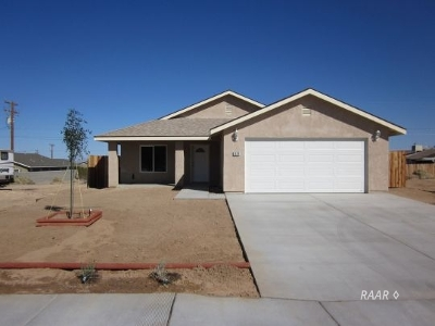 Inyo County, Kern County, Tulare County Single Family Home For Sale: 1320 McCall