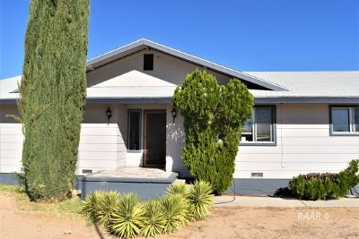 Inyo County, Kern County, Tulare County Single Family Home For Sale: 1120 N Thorn St