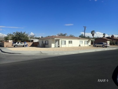 Inyo County, Kern County, Tulare County Multi Family Home For Sale: 1614 N Sierra View St