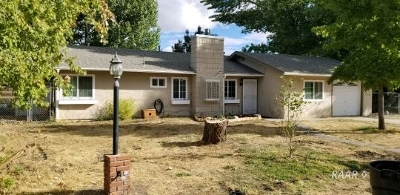 Inyo County, Kern County, Tulare County Single Family Home For Sale: 28041 Seabiscuit