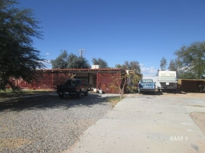 Inyo County, Kern County, Tulare County Single Family Home For Sale: 6564 Sunset Ave