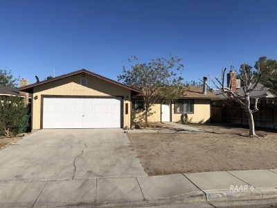Inyo County, Kern County, Tulare County Single Family Home For Sale: 328 S Fountain St
