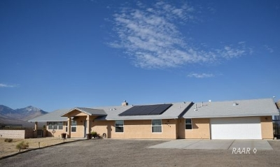 Inyo County, Kern County, Tulare County Single Family Home For Sale: 6542 Ridgecrest Blvd