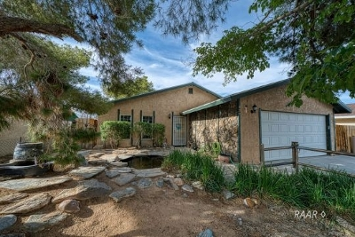 Inyo County, Kern County, Tulare County Single Family Home For Sale: 932 W Saint George Ave